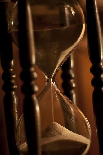 reloj arena Procrastinar con GTD Aumenta tu Productividad