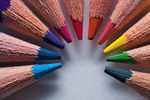 10 lapices de colores 10 Propuestas para Innovar hacia una Educación 2.0