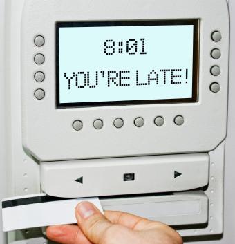 maquina de fichar Adiós para siempre a la Jornada Laboral