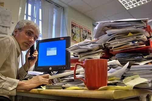 working late Post Invitado: Emprender y la Productividad